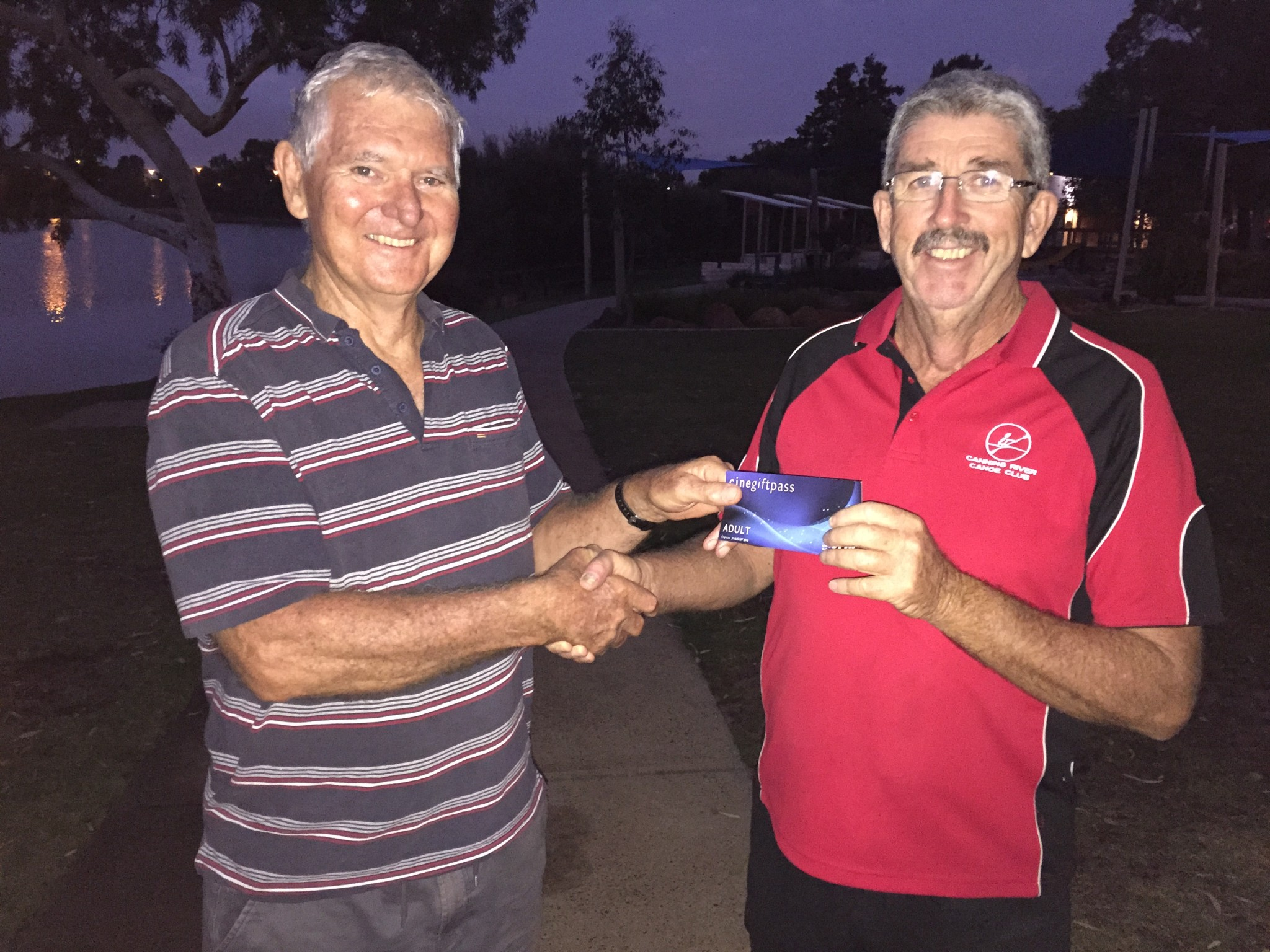 Tuesday 15th March 2016 : Club member Dave Griffiths presenting tonight's winner Jerry Alderson with a movie voucher