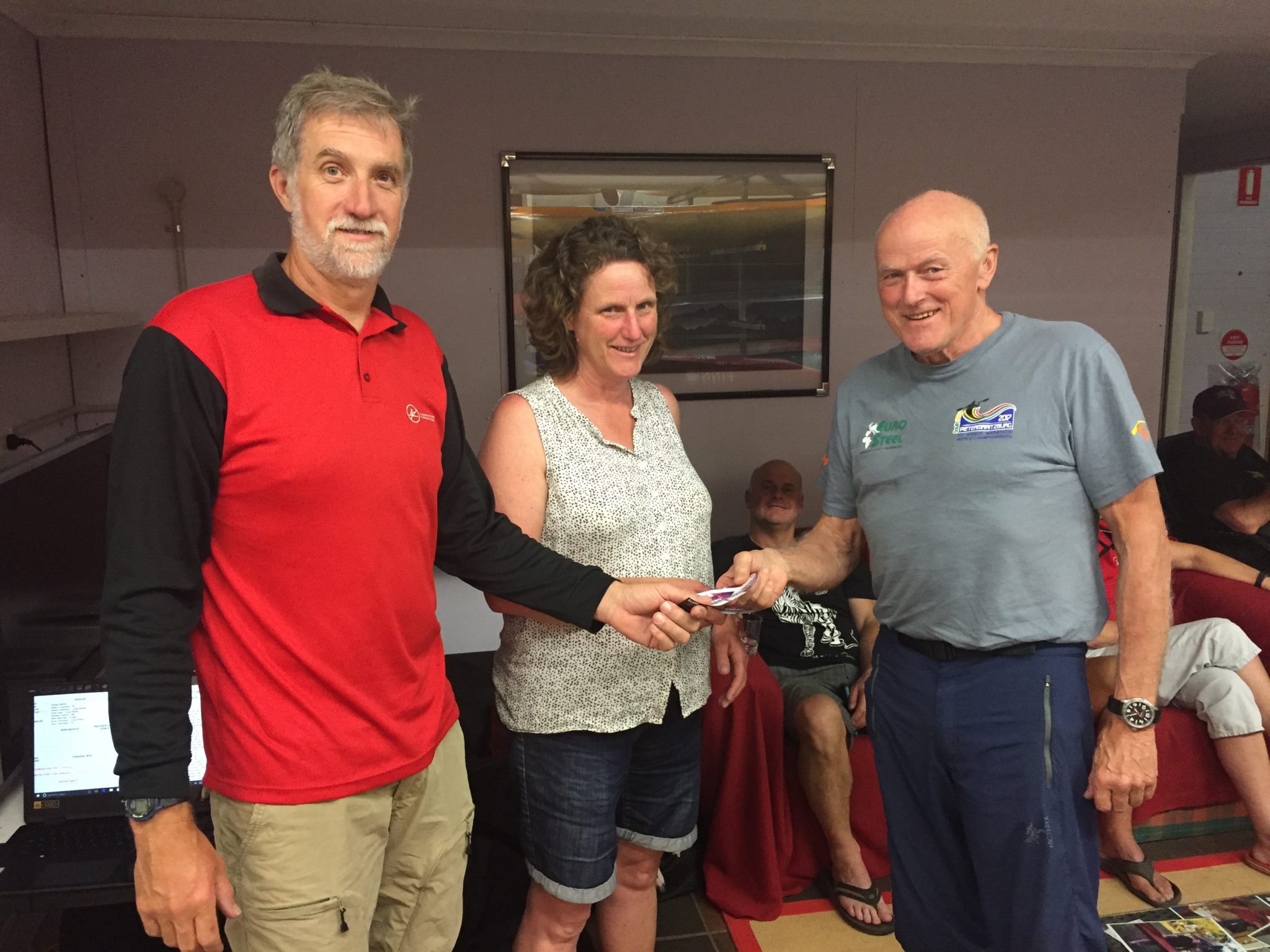 Tues 7th November 2017 : International guest paddler Svenning Jorgenson presenting Steve and Cindy Coward with a winners movie voucher