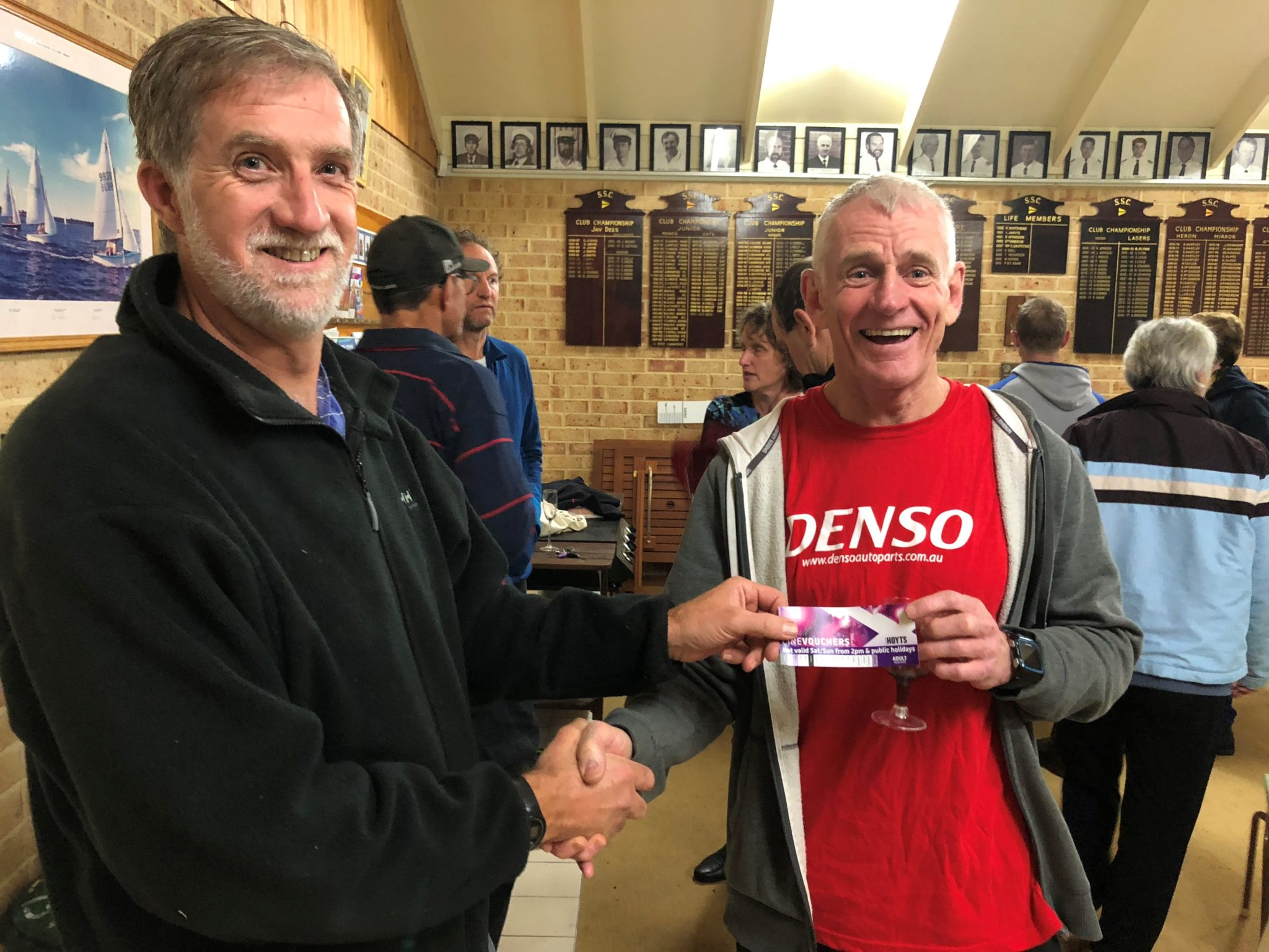 Tues 10th July 2018 : Tonight's photo shows Club Committee member Steve Coward presenting Ken Ringrose with a movie voucher