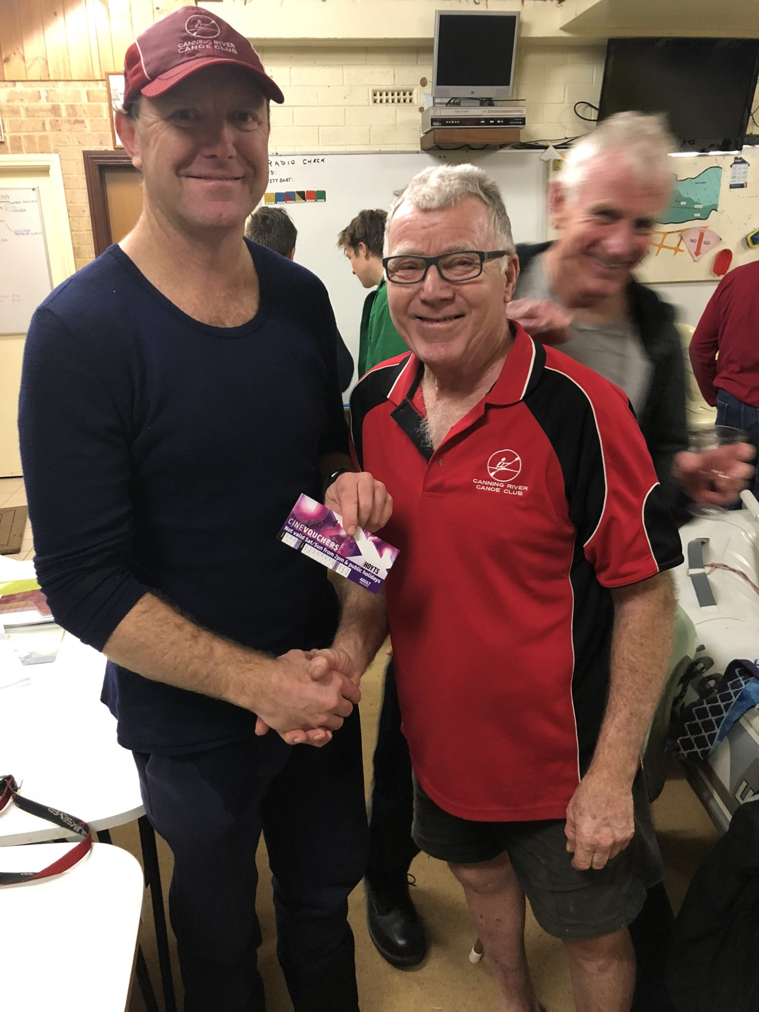 Tues 21st August 2018 : Tonight's photo shows club member David Gardiner presenting tonight's winner Simon O'Sullivan with a movie voucher.