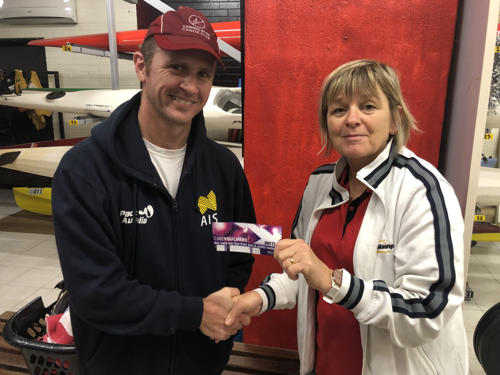 Tuesday 19th November 2019 : Tonight's photo shows club Secretary Judith Thompson presenting Mike Laloli with the winners movie voucher.