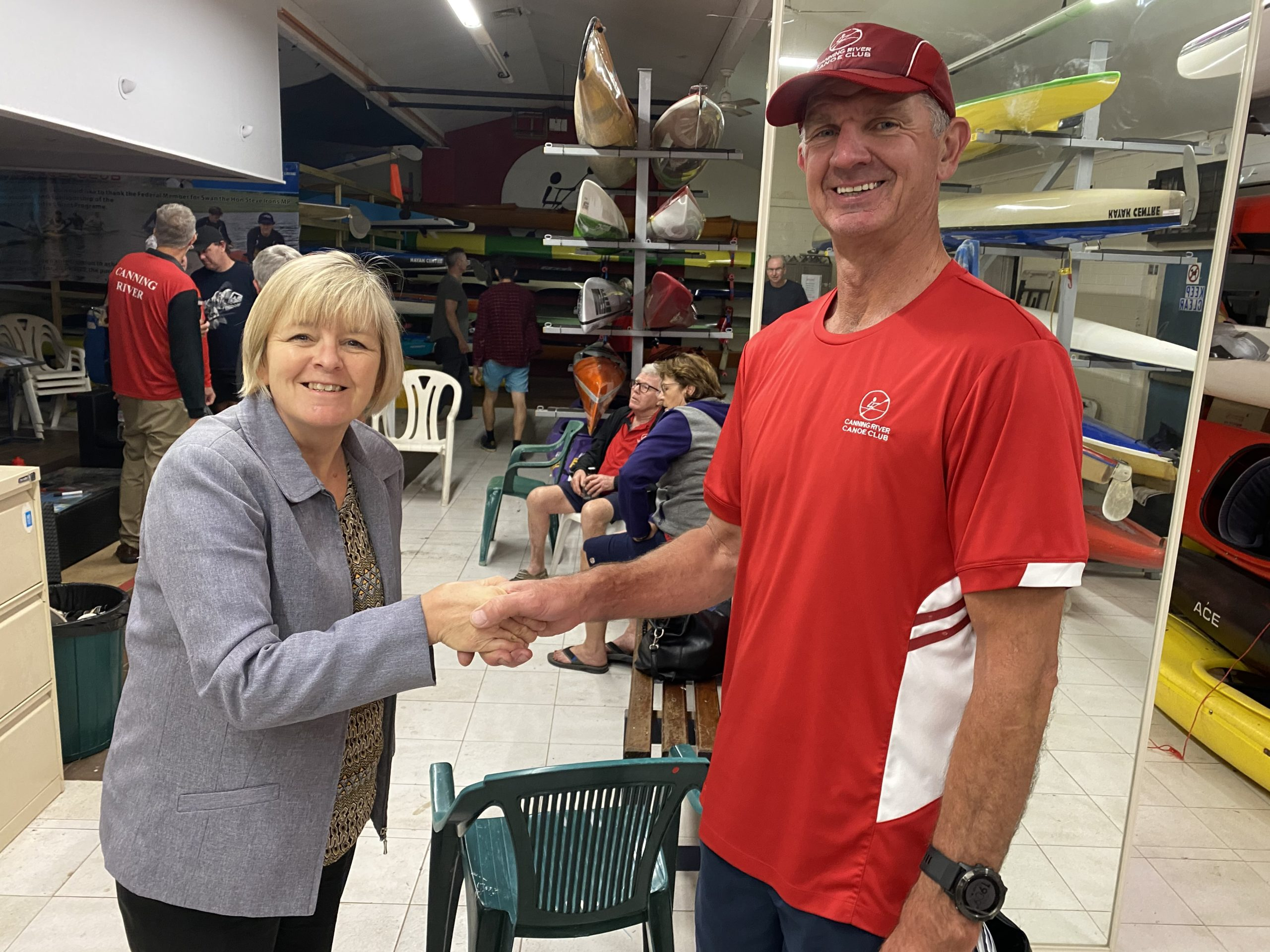 Tuesday 27th October 2020: Tonight's photos shows club member Judith Thompson presenting David McCaulay with a Club Cap as a prize.